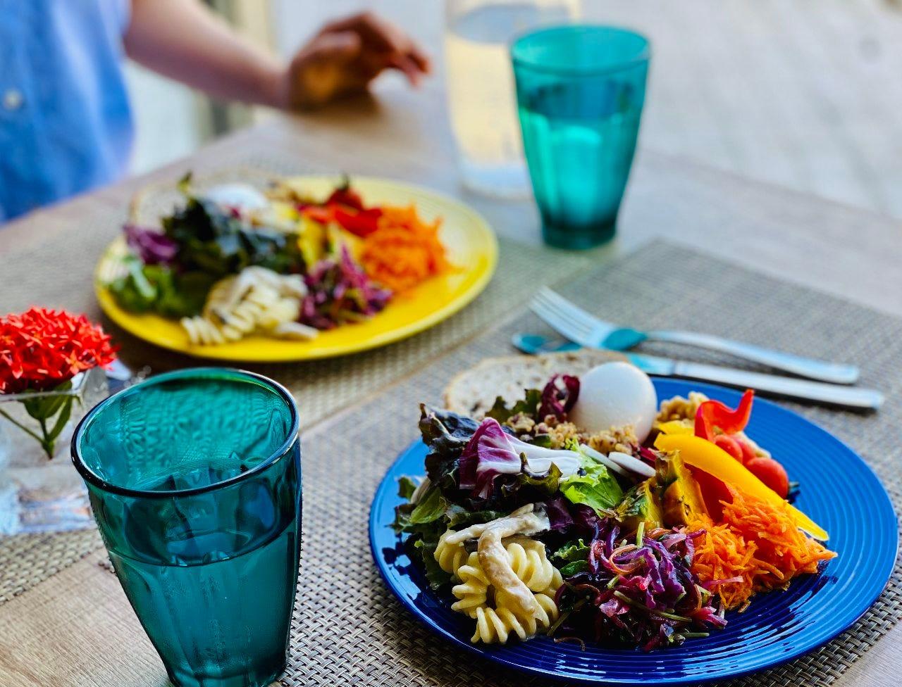 【ランチ】新鮮サラダが食べ放題