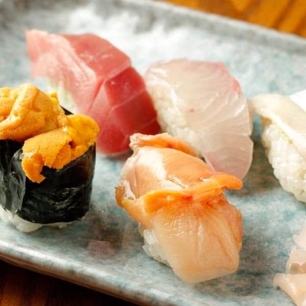 味家のコース料理6,000円◆握りも楽しむ全9品