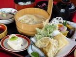 門前 ゆばと野菜の天ぷら付き 2035円