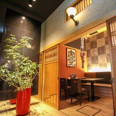 神戸牛焼肉&生タン料理 舌賛ZESSAN 大手町店 店内の画像