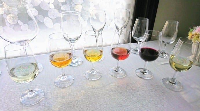 """料理を美味しく会話を楽しく ワインは最高の""""飲む調味料"""""""