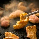 丹波鶏「かわ」は肉厚ジューシーでコリコリした食感が絶品◎