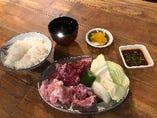 【牛・豚・鶏】ハラミ三昧焼肉定食