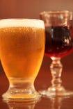 ワンランク上◆飲み放題 イタリアのワイナリーから直送『ソムリエ厳選』ワインも含む