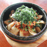 豚トロキムチ石焼御飯(スープ付)