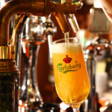 美味しいビール/ワインを片手に、賑やかに仲間と愉しむ時間を