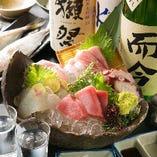 選び抜かれた日本酒や焼酎 こだわりの彩色料理とともに