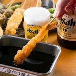 【二度漬禁止】 熟練技でカラッと揚げた串カツは必食!