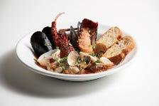 伊勢海老とムール貝のスープ