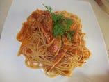 ワタリガニのトマトソース