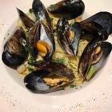 【スパゲッティ】広島県産ムール貝と玉ねぎのボンゴレビアンコ