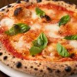 500℃のオーブンで焼き上げるPizza♪