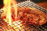 国産牛メガロースステーキ
