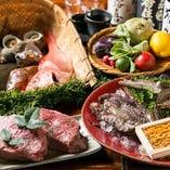 【旬の料理】 コースは毎月献立が変更。季節の味を楽しめます