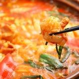 【もつ鍋】 体の芯から温まる人気の韓国鍋を是非!