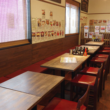 鶏豚キッチンむしゃむしゃ 木更津店 店内の画像