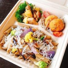 湘南しらすと鎌倉野菜のペペロンチーノペンネ 1250円