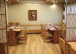テーブル席(個室として16名様までご利用頂けます)要部屋代