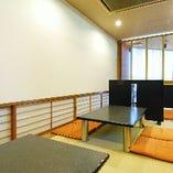 1階:お座敷席(4名様×3卓)