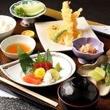 お造りや天ぷらなどお昼から逸品をご堪能いただける定食メニュー