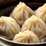 スープたっぷり上海蟹みそ入り小龍包