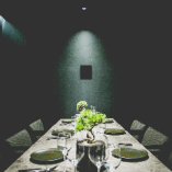 2名〜8名で利用可能な完全個室はシェフズテーブルコース8000円[税抜]〜の専用個室