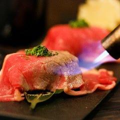 【贅沢!】トロける炙り肉寿司