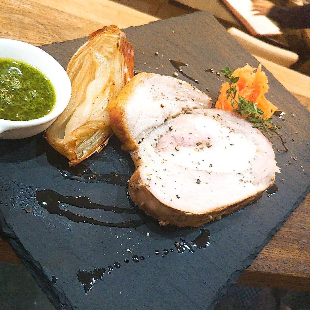 国産豚のポルケッタ(豚肉のハーブ焼き  ボリューム◎ジューシー