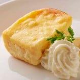 自家製つぶつぶチーズケーキ