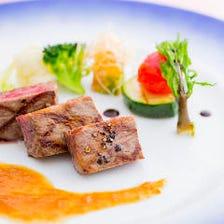 国産牛のメインに朝市で仕入れる鮮魚や季節の味覚を盛り込んだフルコース『He'ritage ~エリタージュ~』