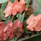 様々な部位を食べ比べられる「米沢牛贅沢3種盛り」がおすすめ