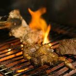 【炙り料理】 魚・肉・野菜と絶妙な火加減で焼き上げます!