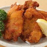 ジューシー 鶏のゲンコツ唐揚げ