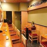 カウンター席《一名様掛け》全8席  ご友人やご家族でのお食事、デートにも◎