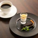デザート・コーヒー or 紅茶