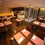 2008年 洋食×スタイリッシュが珍しく、メディアなどで取り上げられる。