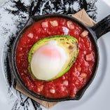 アボカドと半熟卵のオーブン焼き