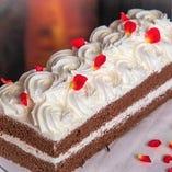 【1・2月】【土曜日限定デザートビュッフェ】白薔薇を赤く染めるホワイトローズガーデン