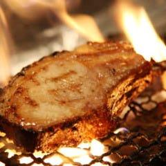 MEAT&仕入れ値ワイン ベルサイユの豚 西新宿
