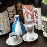 日本酒は利き酒師の料理長が厳選。季節の逸品と合わせてどうぞ
