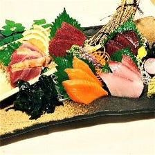 津本式究極血抜きの熟成鮮魚と鶏と馬刺し
