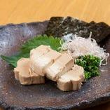 地産地消にこだわり佐賀県産の野菜や新鮮な旬魚を使用