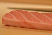 寿司ネタは仕入れでほぼ決まる