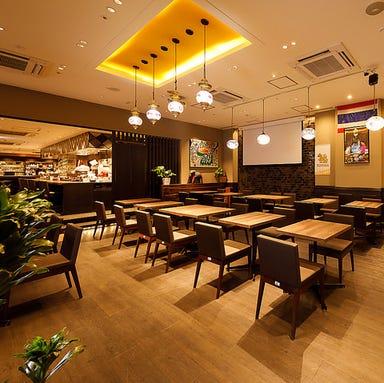 本場タイ&アジアン料理 Asiatique(アジアティーク)立川店 店内の画像