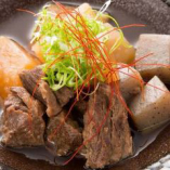 田中屋特製の牛すじコンは必食の一品!おつまみに最高です♪