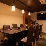 【テーブル個室/2~8名様】記念日や大切なゲストを招く食事は、会話が楽しめる個室で