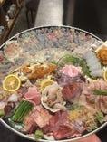 【鮮魚】 鮮魚などご当地名物料理もお楽しみいただけます。