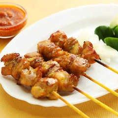 地鶏サテー(マレー風焼き鳥)4本Chicken Satay