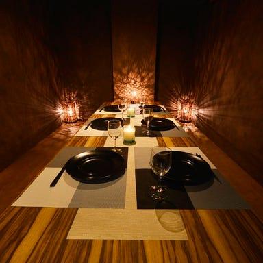 完全個室ダイニング 焼鳥食べ放題 鳥宴地 ‐とりえんち‐ 新橋店 店内の画像