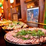 彩り豊かな料理がパーティーを華やかに彩ります